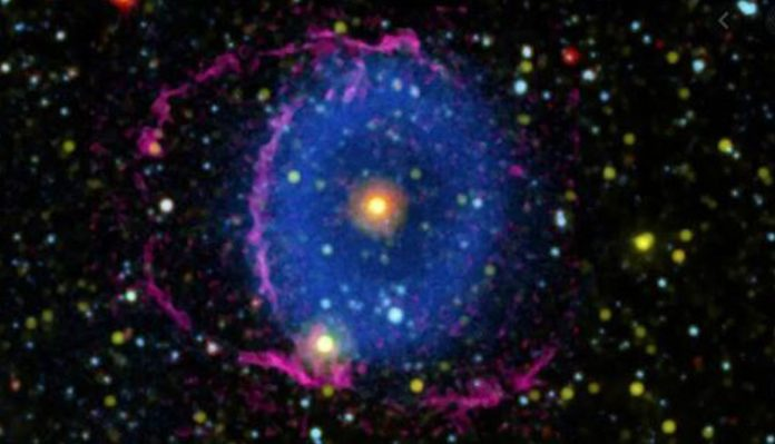 Blue Ring Nebula Mystery Solved After 16 Years, Researchers Say