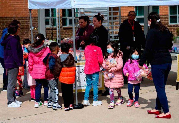 Children lose basic skills under virus restrictions, Ofsted finds