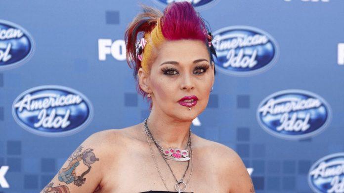 Nikki McKibbin, 'American Idol' Finalist, Dies at age 42