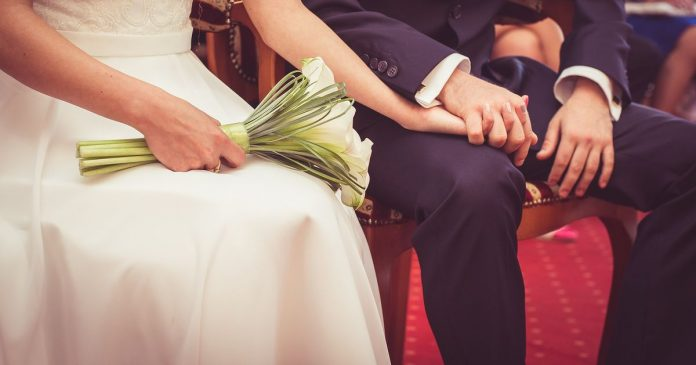 Weddings banned in winter lockdown, with funerals limited to 30 people, Report