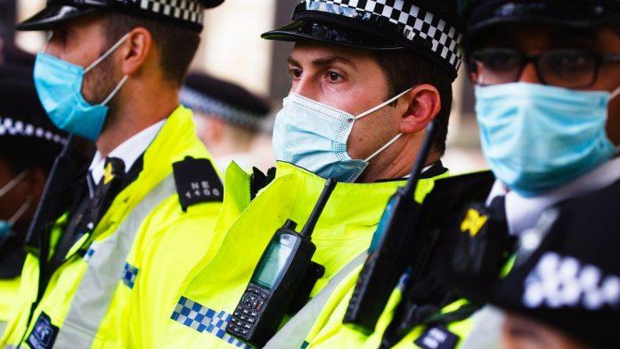 Coronavirus UK Updates: London leaders call for tighter lockdown