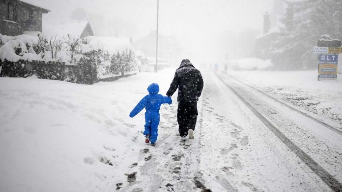 UK weather: Snow and sleet forecast as temperatures could drop to -10C, Report