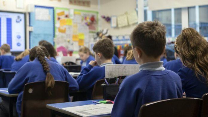 Coronavirus UK Updates: Schools unlikely to reopen after February half term