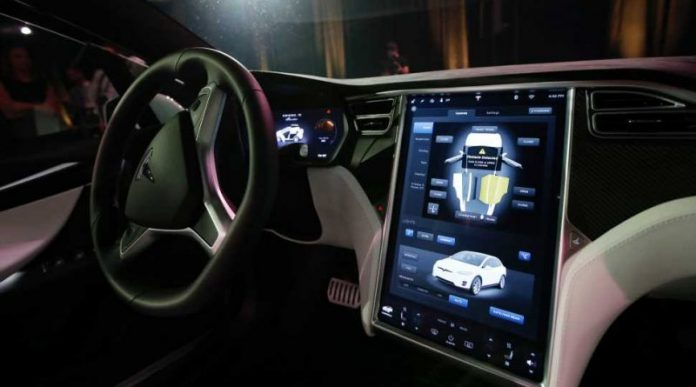 Tesla asked to recall Model S, Model X over touchscreen failures, Report