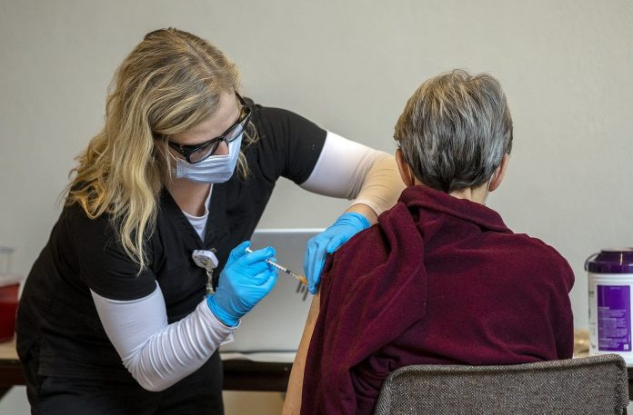 Hy-Vee pharmacies to begin administering COVID-19 vaccine in Minnesota, Report